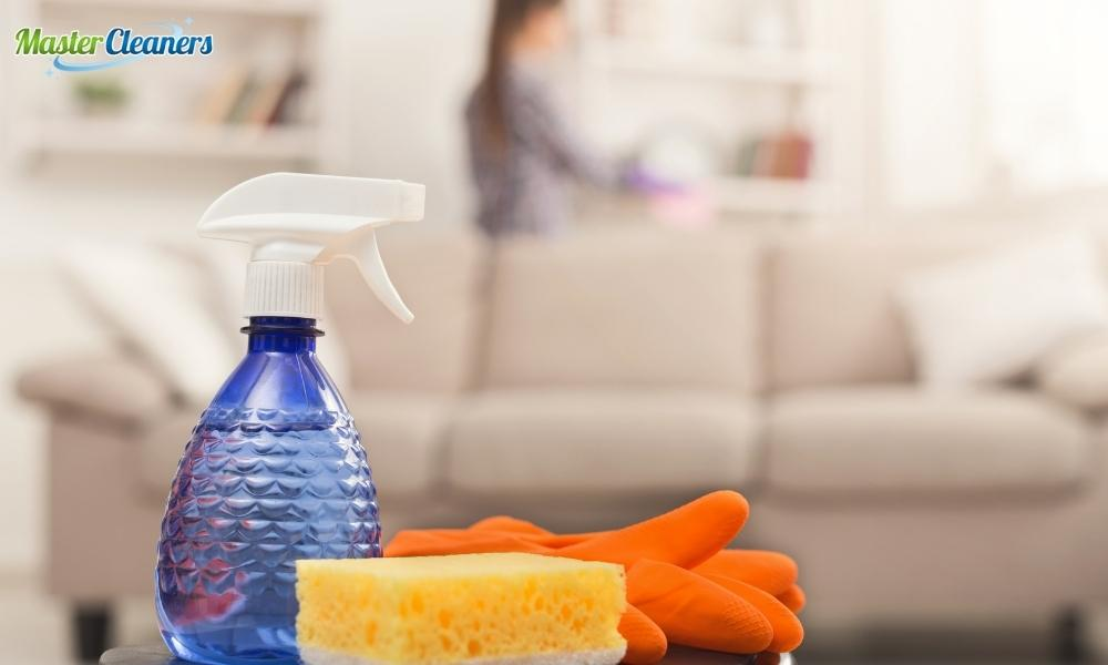 Is it better to dust or vacuum first?