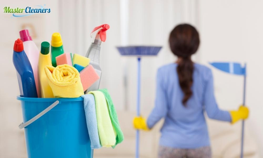 What is the fastest way to clean a bathroom?