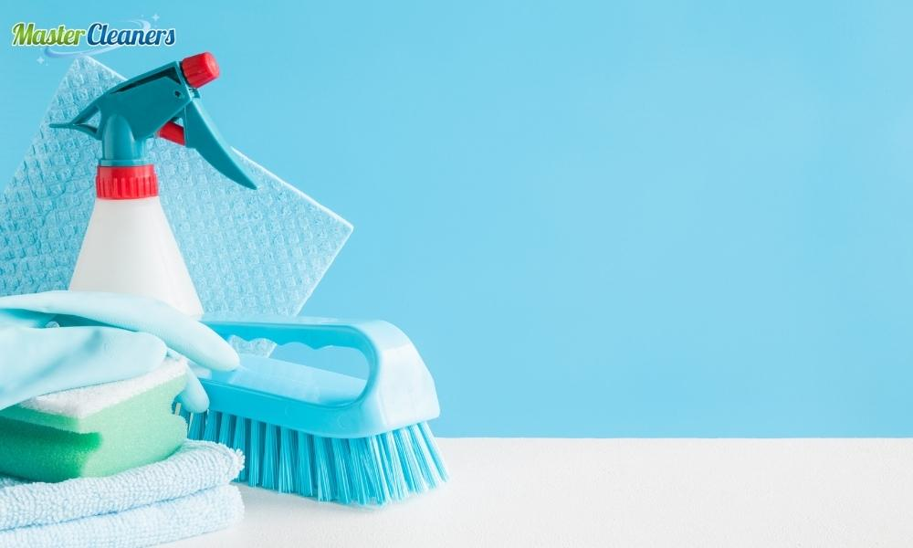 What is the best cleaner for dirty walls?